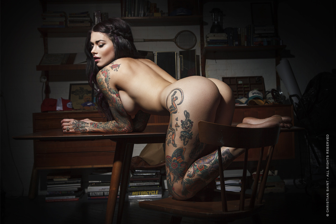 sexy-nude-women-tattooed-cambodia-sex-video-with-super-star